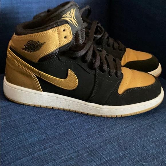 "Nike Air Jordan Retro High BG ""Melo"" Size 6Y Black"